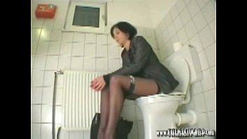 toilet office cam 18 yo pam