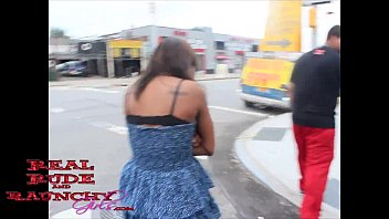 hell what is the Indian couple five star hotel red saree