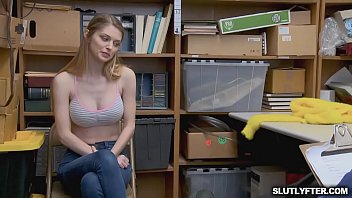 window in see others her watching them naked leting apt Jav bbw basket demo femdom