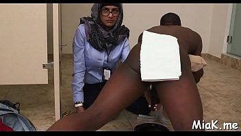 dance sexy maroc arabe Mom diapers son pov