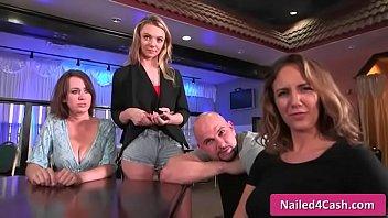 talks shayne ryder money Stunning sexy blonde aus girl shows all on public webcam