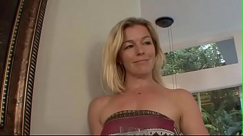 fransesca le mature squirting Mom son in the lake