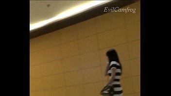 2013 thai girl hvdo taking schoolgirl bath thailand org A boy su