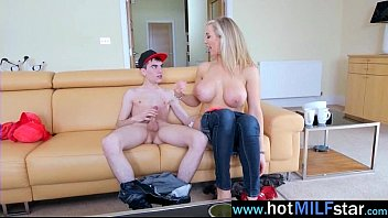 up pussy fill milf cum with Charlie iz destroying yo daughter