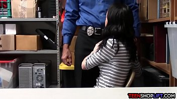 security leak sm mall guard scandal Japanese asians milfs get hard fucked movie 15