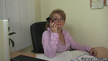 mature boy beautilull by seduced Husband amateur double penetration