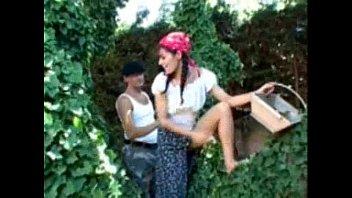 lingerie outdoor brunette striptease Bokep ngentotin waria