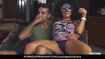 italiana sborrata dialogo Step brother real