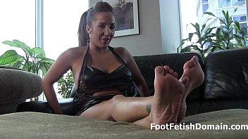 hj di worship feet Fat big tits cream pie compilation