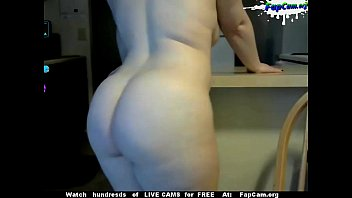 blonde webcam with eyes at strip wwwsexatcamscom green Hidden cam girl swimsuit
