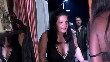 video snimci amaterski Sister naked buthrum watch brather