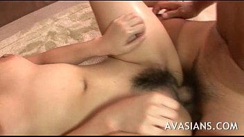 blowjobs sleeping busty Le mete in gran juge