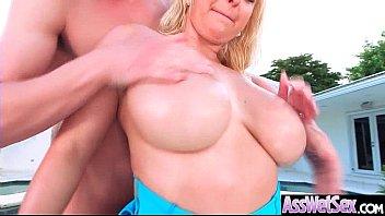 ass wet carolines hot Hair salon full of horny women