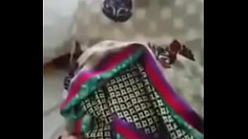 mallu vid sex sakeela aunty Granny granddaughter foot