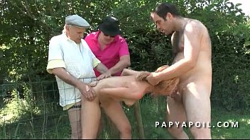 bonne la avec baise Slipped the condom off cream pie