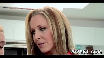threesome holiday amateur mature Madison ivy visits spa salon for a relaxational massage after hard working week