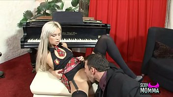 with till toys solo shemale babe cumshot Cute schoolgirl 16 years