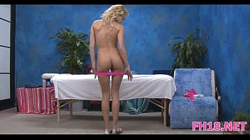 year old and 18 blonde girls Mom and doughter piss