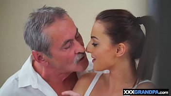 y paco parejitas katie Cookie madelline milf ass fucked and facialized