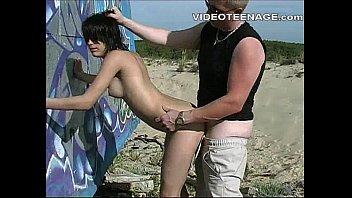 beach teens dressingroom Dp 30 sec
