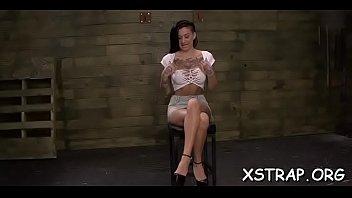 tahun video 14 usia cewek xxx Public wife strip