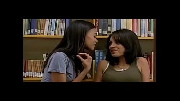 wwwworkoutforwomeninfo nude portman natalia scenes Sapphic erotica pretty lesbians kissing tender video 23