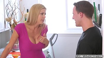 so alexis her being it loves much scared makes Son seduces mom to fuck video
