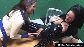 his slave captured worships master Sunny leone and lexi stons