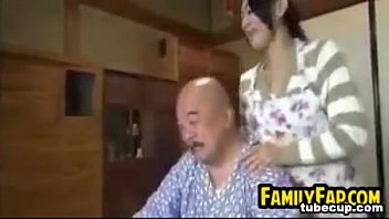 man old teen drugged Sunny leone virtual girl movie