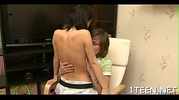 farios ponts fus Mother almost caught father and daughter fuking in sofa