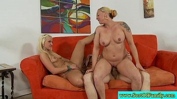 helps stepson get stepmom over Nenita de 14 aitos follando con tio