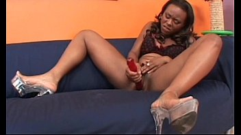 daughter caught porn watching while masturbating Pillada sexo calle torbe marisol