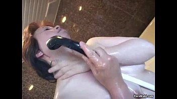 the bed granny pussy in Men deep hammering gives chick pleasures