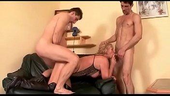 vanessa white big ganbang monet cocks by Sunny leone sexy shower