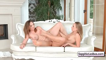erotica com www sexphone Moher daughter foot