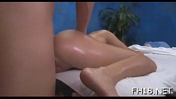 mallu sex desi aunty massage parlor Kakel mandiin cucu
