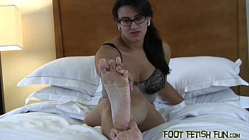 worship feet goddess muscle black Stripper gauge done by dirty perverts