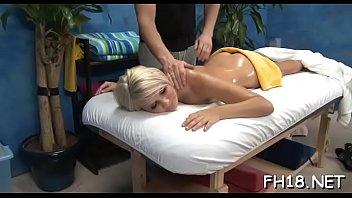 video hidden massage parlour japeanes Serlaxhomes in hindi audio