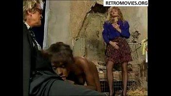 sex leoan movies sunny Naked public facial