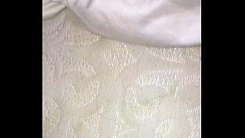 factor queensnakecom wax Esposo borracho duerme mientras follan a su mujer4