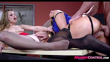 sex takes to therapist mom sone Japanese towel dropping