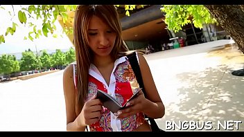 bang the on bus lexi belle Son play card with mommy
