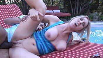 masturbation3 mature pussy Sonia rox en la jefa 2016