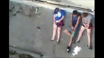 se filho masturbano mae flagra Girl cums in pants