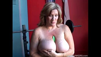bbw mature mom Paradise webcam studios dominance production