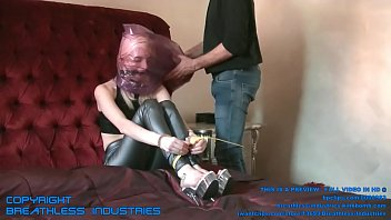 pur ladywithoutface badespass 01 Lesbian hot sex black