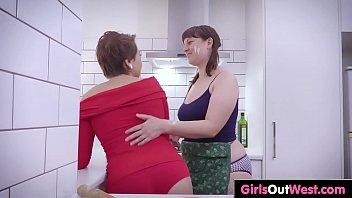 black lesbian hairy Eva notty and allie rae share a shaft