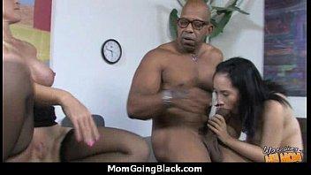 bbc mom pay Arab old mom hairy pussy sucking