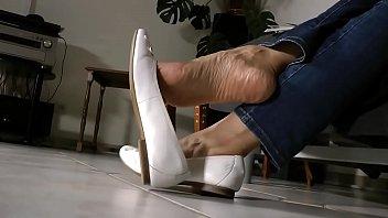 hanjob dangle shoe Armpits lick lesbians