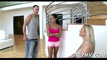 kecik main budak Step sister lesbian seduction